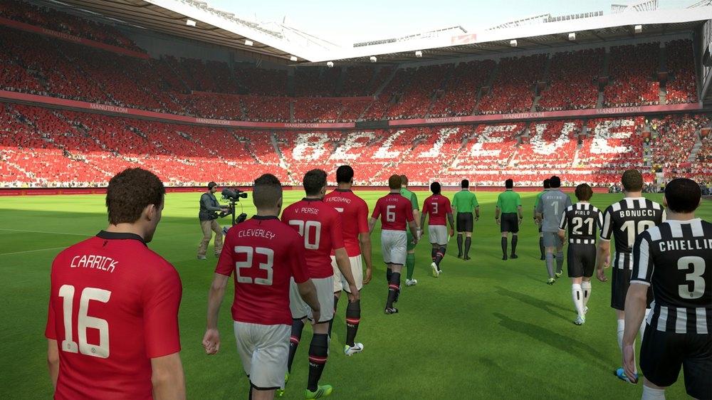 Nhiều giải đấu đã từng được cấp phép chơi ở PES 2014